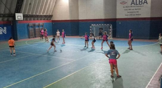 Handball mixto en Unicén